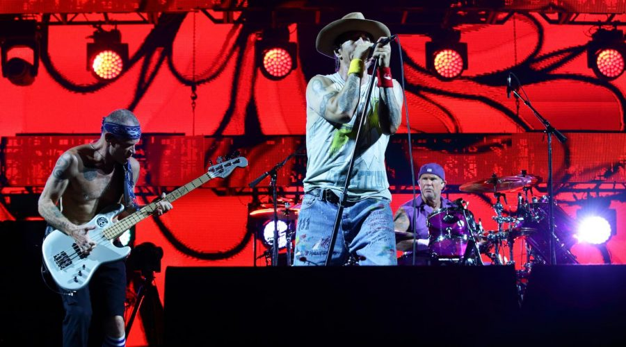 The+Red+Hot+Chili+Peppers+performing+in+Singapore%2C+Sept.+22%2C+2019.+%28Suhaimi+Abdullah%2FGetty+Images%29