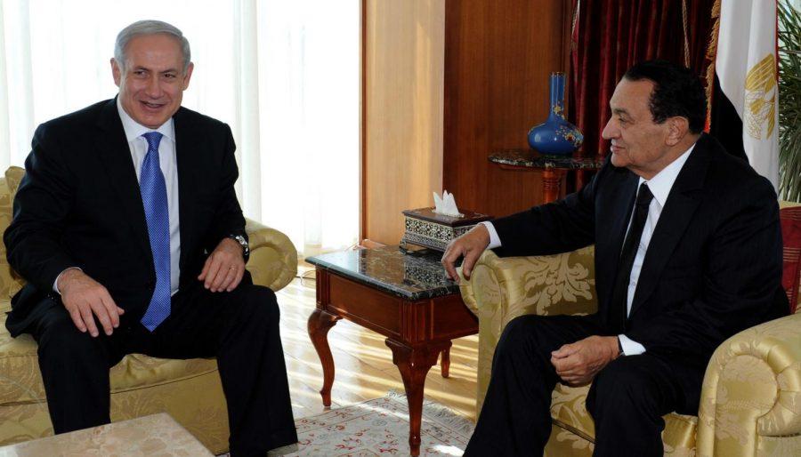 Israeli+Prime+Minister+Benjamin+Netanyahu%2C+left%2C+with+Egyptian+President+Hosni+Mubarak+in+Egypt+less+than+three+weeks+before+the+protests+there+led+to+Mubarak%27s+downfall%2C+January+2011.+%28Moshe+Milner%2F+GPO%2FFlash90%29