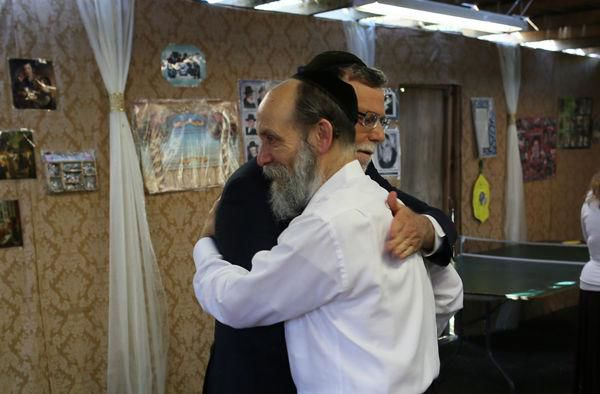 Rabbi+Mordecai+%E2%80%9CYari%E2%80%9D+Yaroslawitz+%28right%29+holds+frequent%2C+large+gatherings+at+his+home+in+University+City+but+was+unable+to+do+so+this+year+because+of+the+coronavirus+pandemic.+File+photo%3A+Bill+Motchan