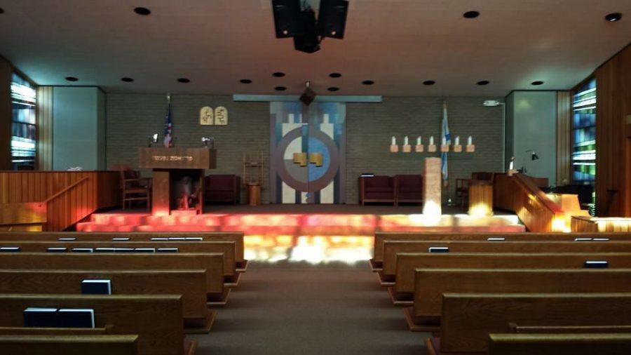 The+sanctuary+at+Congregation+Anshai+Emeth+in+Peoria%2C+Illinois+%28Facebook%29