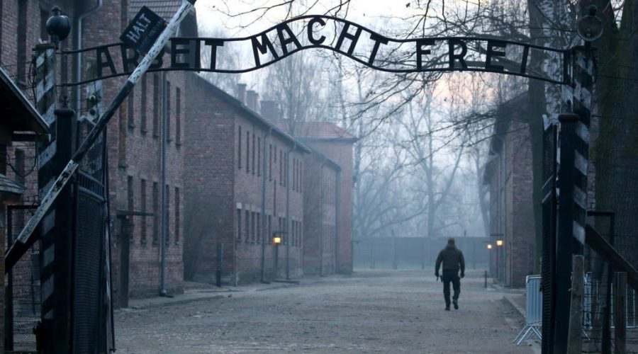 The+entrance+to+the+former+Auschwitz+concentration+camp.+Photo%3A+Natalia+Fedosenko%2FTASS+via+Getty+Images%C2%A0