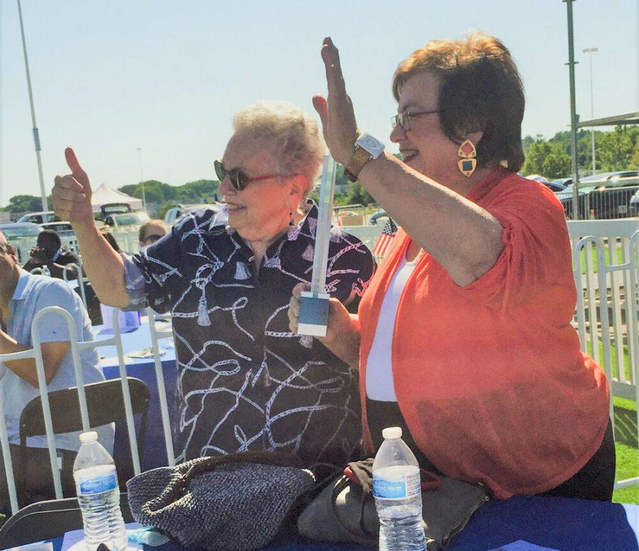 NCJWSTL Board President Gail Eisenkramer(left) and Immediate Past President Susan Katzman accept a 2020 Moonshot Award from LaunchCode for NCJW's Healing Hearts Bank during an award ceremony July 10.