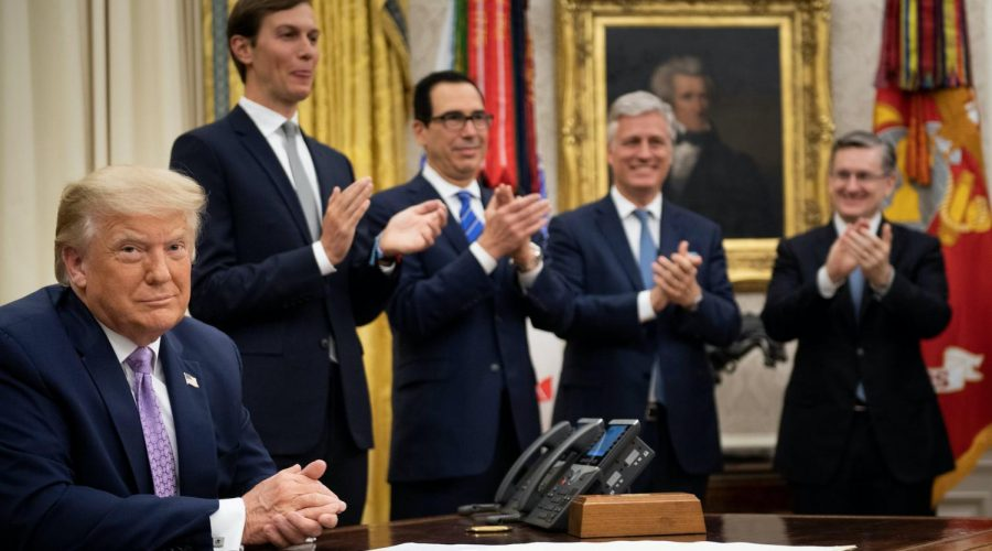 President+Trump+announcing+the+Israel-UAE+agreement+with%2C+from+left+to+right%3A+Senior+Adviser+Jared+Kushner%2C+Treasury+Secretary+Steven+Mnuchin+and+National+Security+Advisor+Robert+O%27Brien%2C+Aug.+13%2C+2020.+Photo%3A+Brendan+Smialowski%2FAFP+via+Getty+Images