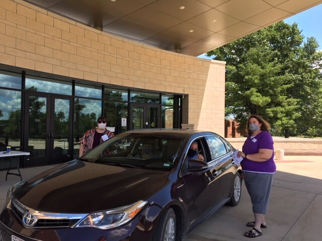 Congregation Shaare Emeth offered free drive-through notary services in advance of the primary election in August. The congregation is again offering the service on eight days in October in advance of the Nov. 3 election.