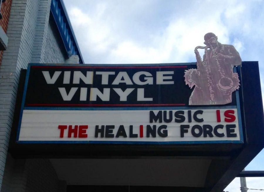 Vintage+Vinyls+marquee+is+a+familiar+sight+to+St.+Louis+music+fans.%C2%A0