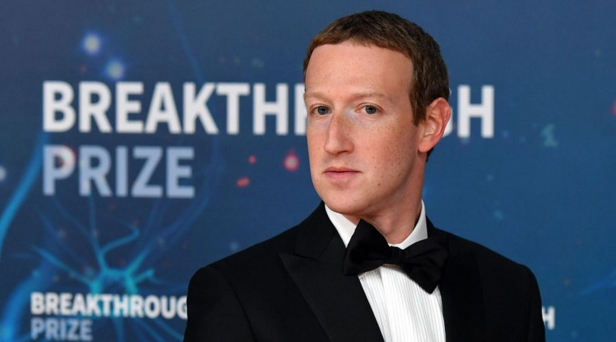 Mark+Zuckerberg+at+the+Breakthrough+Prize+awards+ceremony+at+NASA%27s+Ames+Research+Center+in+Mountain+View%2C+Calif.%2C+Nov.+3%2C+2019.%C2%A0