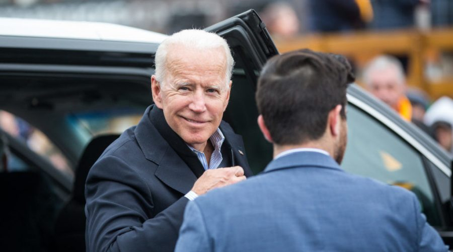 Joe+Biden+arrives+in+front+of+a+Stop+%26amp%3B+Shop+store+in+Dorchester%2C+Mass.%2C+in+support+of+striking+union+workers%2C+April+18%2C+2019.+Photo%3A+Scott+Eisen%2FGetty+Images
