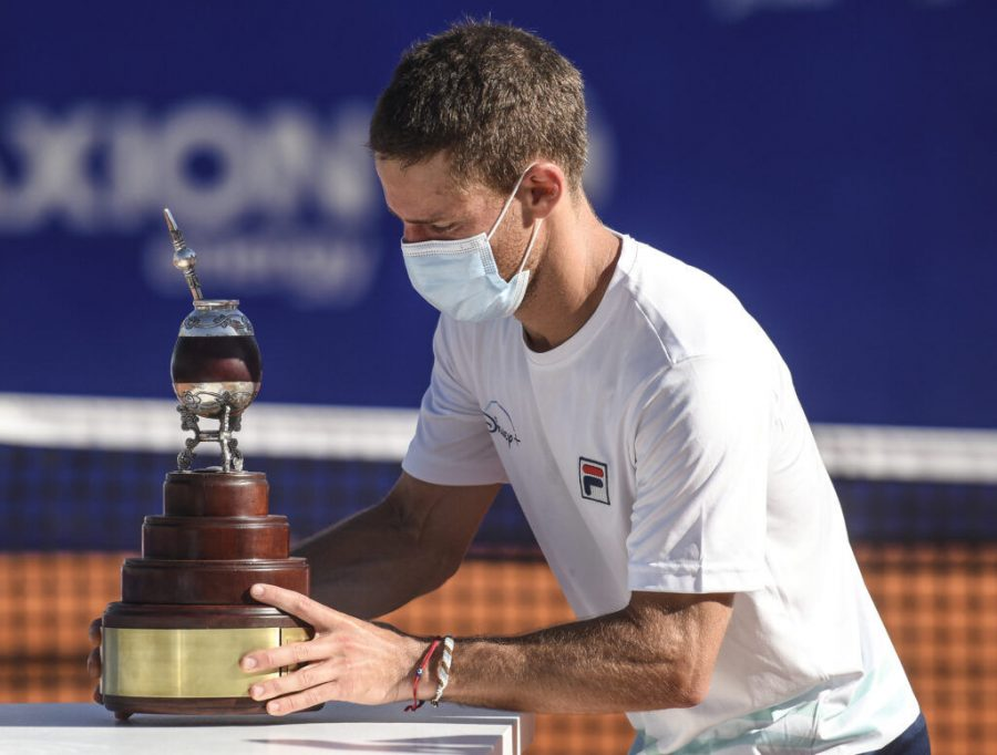 Diego Schwartzman of Argentina holds the champions trophy after winning the ATP Buenos Aires Argentina Open 2021 at Buenos Aires Lawn Tennis Club, March 7, 2021. (Marcelo Endelli/Getty Images)