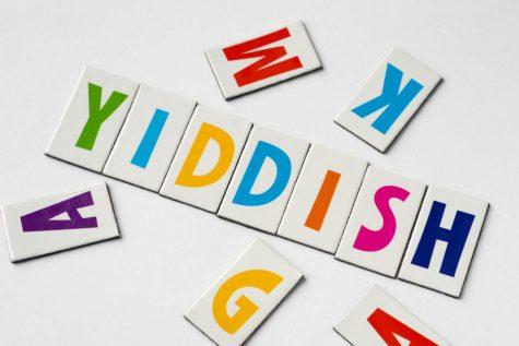 Yiddish Word(s) Of The Week: A patsh farheylt