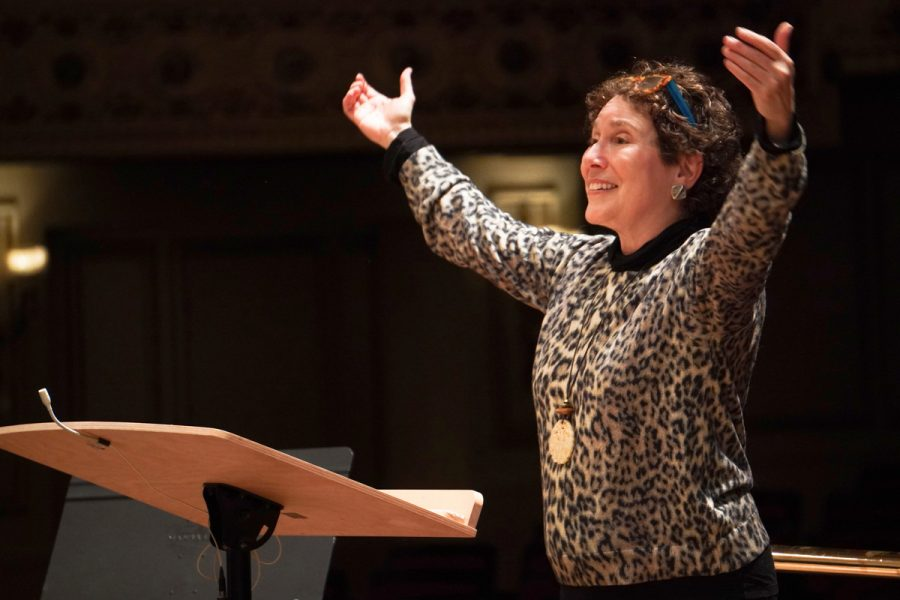 Amy Kaiser has directed the St. Louis Symphony Chorus since 1995.