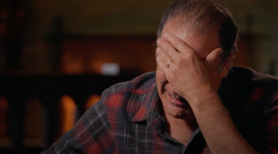 Mandy Patinkin breaks down in tears when he learns that he lost family in the Holocaust on 'Finding Your Roots'