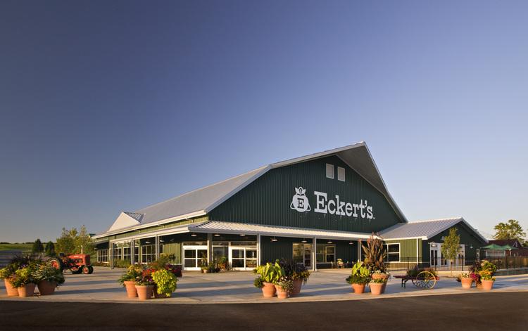 Eckerts Country Store. Photo: Aaron Gipperich, https://www.eckerts.com/belleville-farm