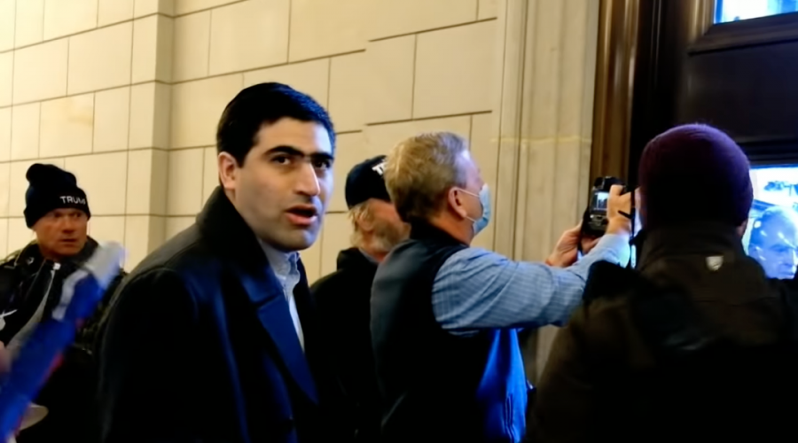 Elliot Resnick, Jewish Press editor who entered US Capitol on Jan. 6, to be replaced