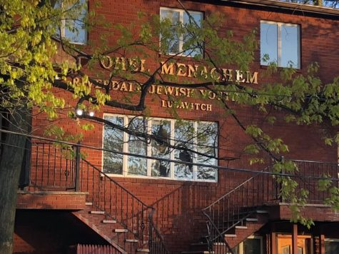 A vandal smashed windows at the Chabad-Lubavitch of Riverdale, N.Y., in a series of attacks on area synagogues that began on April 24, 2021. A lone suspect has been arrested in the spree. (Twitter)