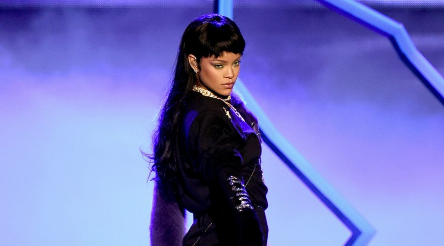 Rihanna posted a message of solidarity for both sides of the Israel-Gaza conflict