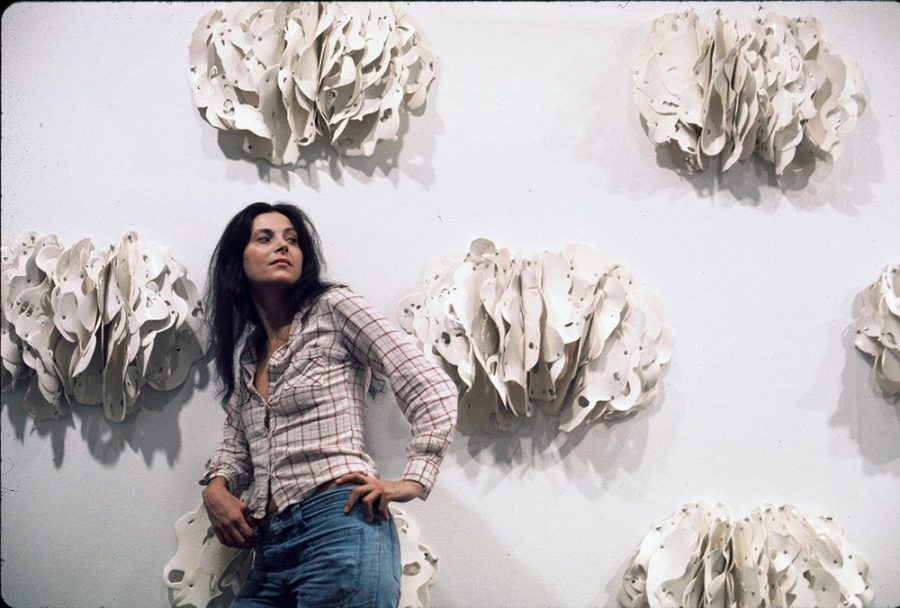 Hannah Wilke with Ponder-r-rosa 4, 1975 Photograph © 2021 Scharlatt Family, Hannah Wilke Collection & Archive, Los Angeles / Licensed by VAGA at Artists Rights Society (ARS), NY
