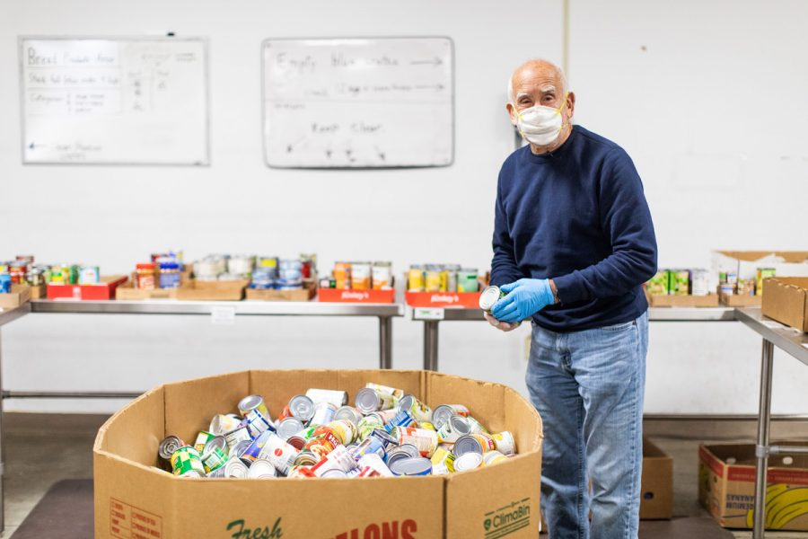 Harvey Cantor volunteers at the Harvey Kornblum Jewish Food Pantry, which is celebrating its 30th anniversary.