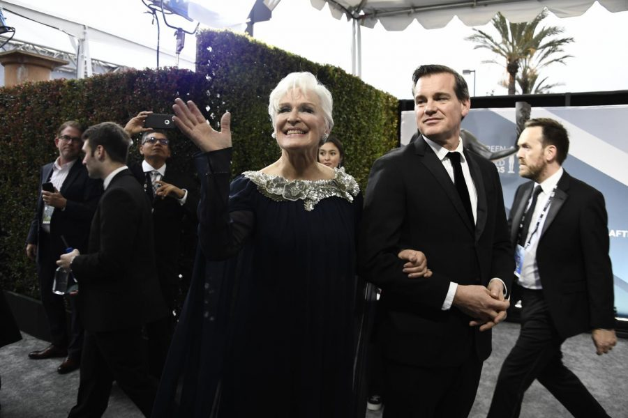 Glenn+Close+arrives+at+the+26th+Annual+Screen+Actors+Guild+Awards+at+the+Shrine+Auditorium.+