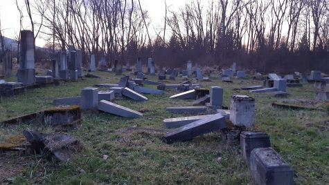 In Slovakia, a retired non-Jewish educator teaches Roma teens about the Holocaust at Jewish cemeteries