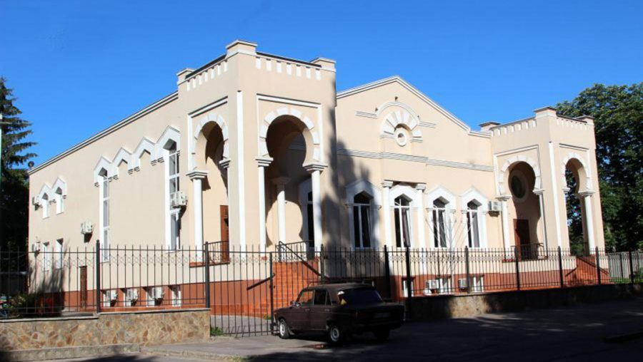 In Ukraine, bullet holes are found in a synagogue and a mass grave of Holocaust victims is desecrated