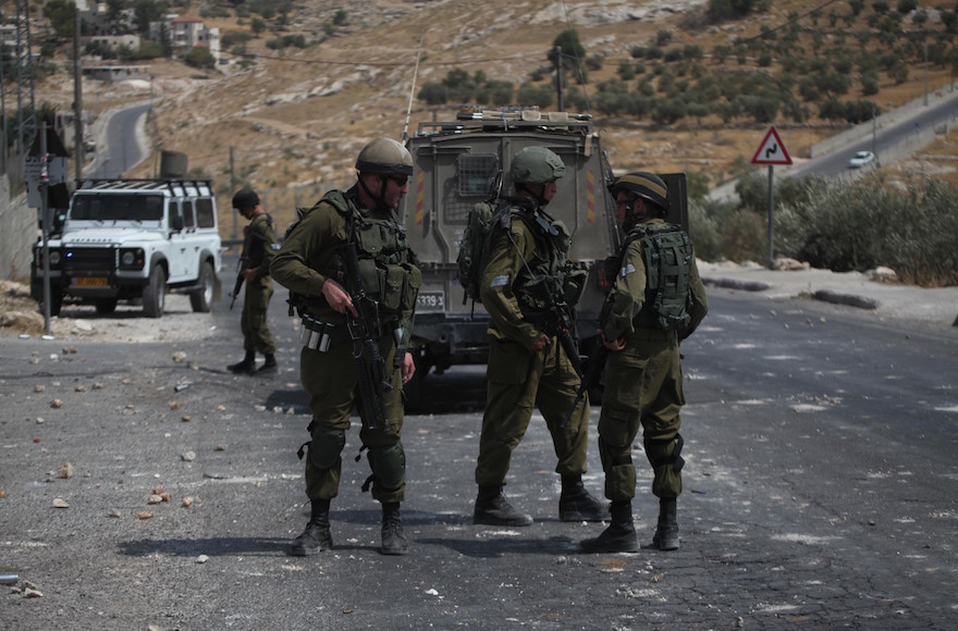 Israeli+army+ends+home+raids+in+Palestinian+areas+aimed+at+gathering+intelligence