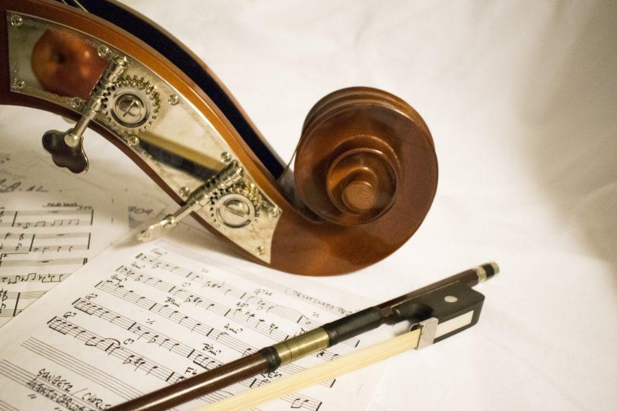 Image of a violin and sheet music