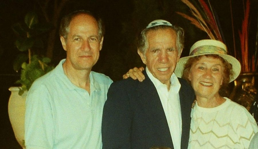 Simon Igielnik (left) with his parents, Jack and Fela, during a 1995 family trip to Israel.