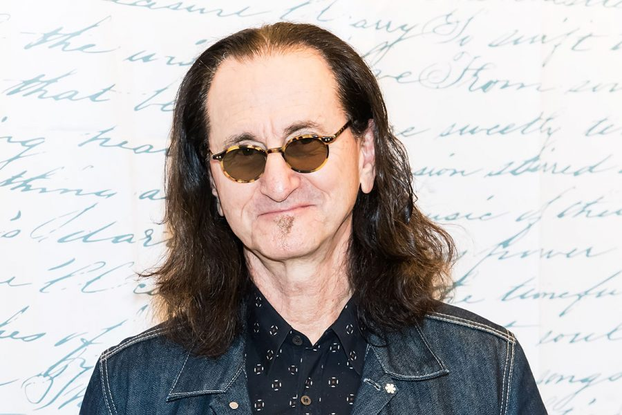 PHILADELPHIA%2C+PA+-+JULY+19%3A++Musician+Geddy+Lee+signs+copies+of+%22Geddy+Lee%27s+Big+Beautiful+Book+Of+Bass%22+at+Barnes+%26amp%3B+Noble+on+July+19%2C+2019+in+Philadelphia%2C+Pennsylvania.++%28Photo+by+Gilbert+Carrasquillo%2FGetty+Images%29