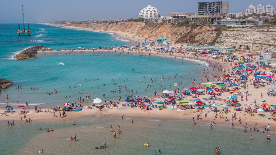 Israels+hottest+real+estate+is+6+miles+from+Gaza