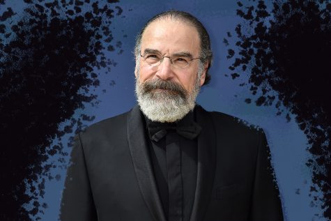 LOS ANGELES, CA - SEPTEMBER 17: Mandy Patinkin attends the 70th Emmy Awards at Microsoft Theater on September 17, 2018 in Los Angeles, California.  (Photo by Jeff Kravitz/FilmMagic)