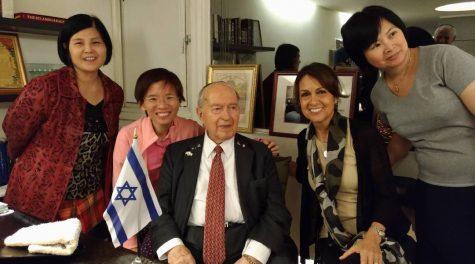 Ephraim Einhorn, longtime Taiwan rabbi with history of international intrigue, dies at 103