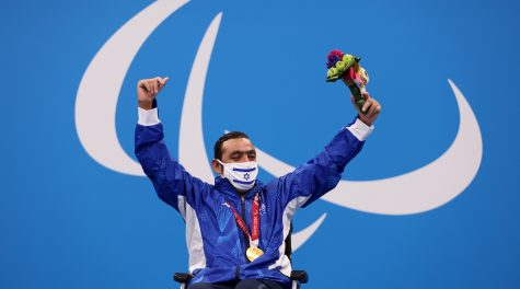 Israeli swimmers win 2 more golds at Tokyo Paralympics, bringing total medal count to 9