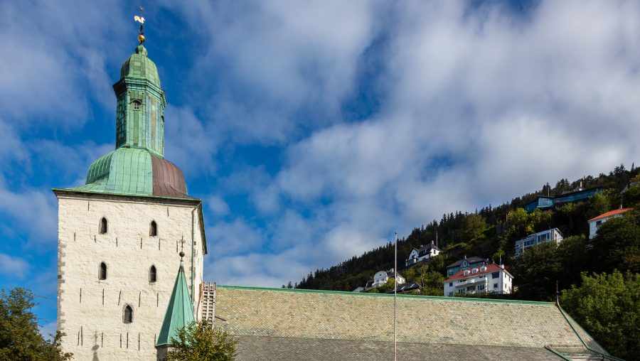 The+Cathedral+of+Bergen%2C+Norway.+%28Wikimedia+Commons+%2F+Diego+Delso%29