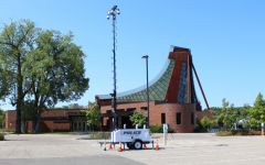 Police set up a camera rig at Beth El Synagogue in St. Louis Park, Minn., Sept. 10, 2021. The synagogue closed for the day following a threat of violence. (Lonny Goldsmith/TC Jewfolk)