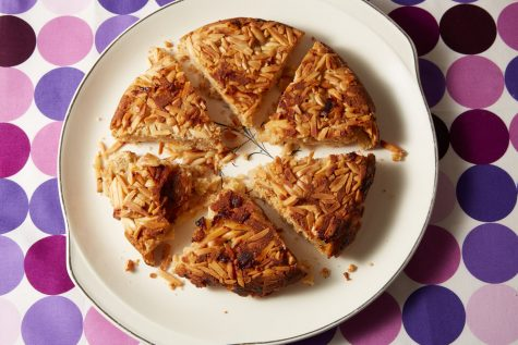From Bubbes recipe box: Apple & Almond Kugel